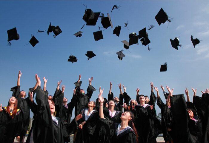 graduation high school koniec roku szkolnego