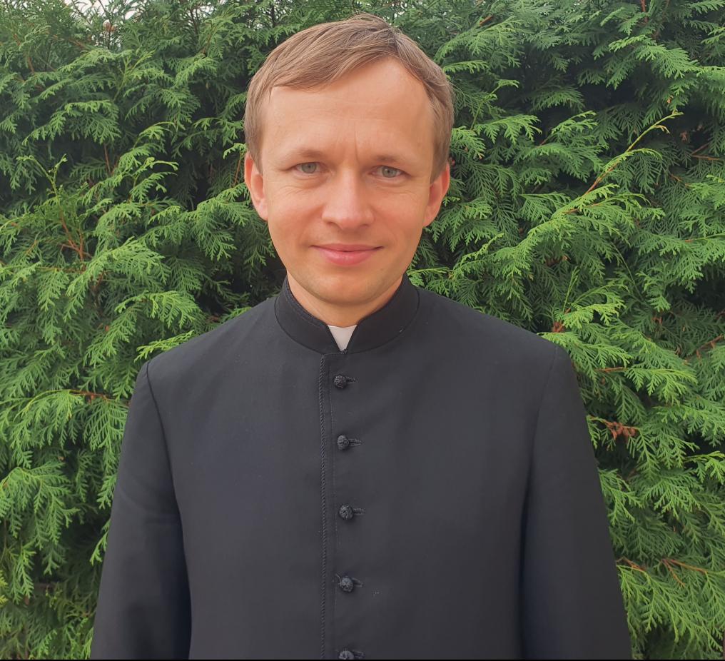 ksiadz Filip Augustyniak
